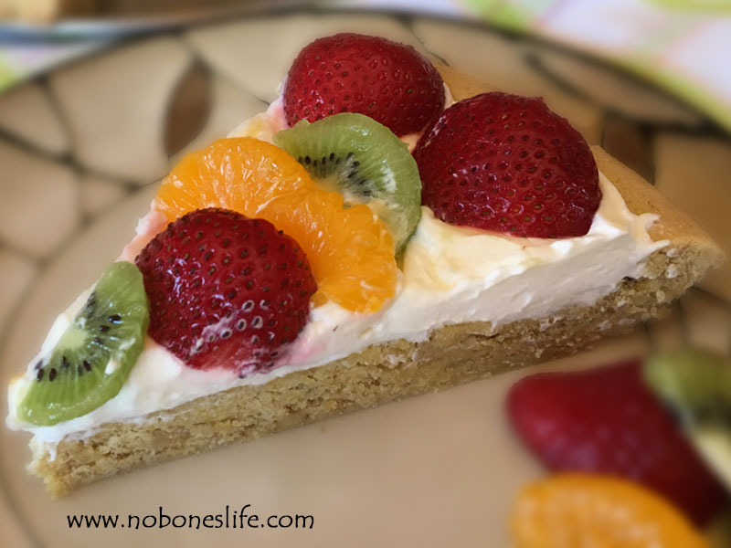 fruit pizza with lemon crust dessert