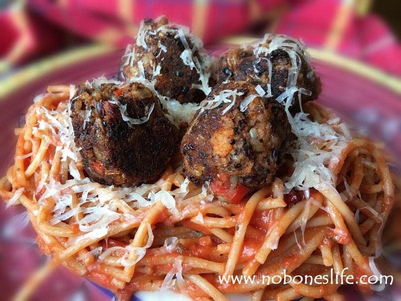 veggie meatballs & spaghetti